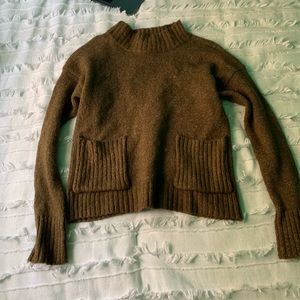 Turtle neck knitted sweater top